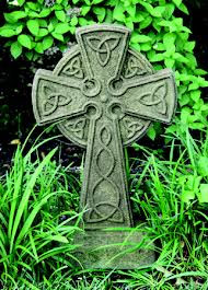 celtic-cross-grass